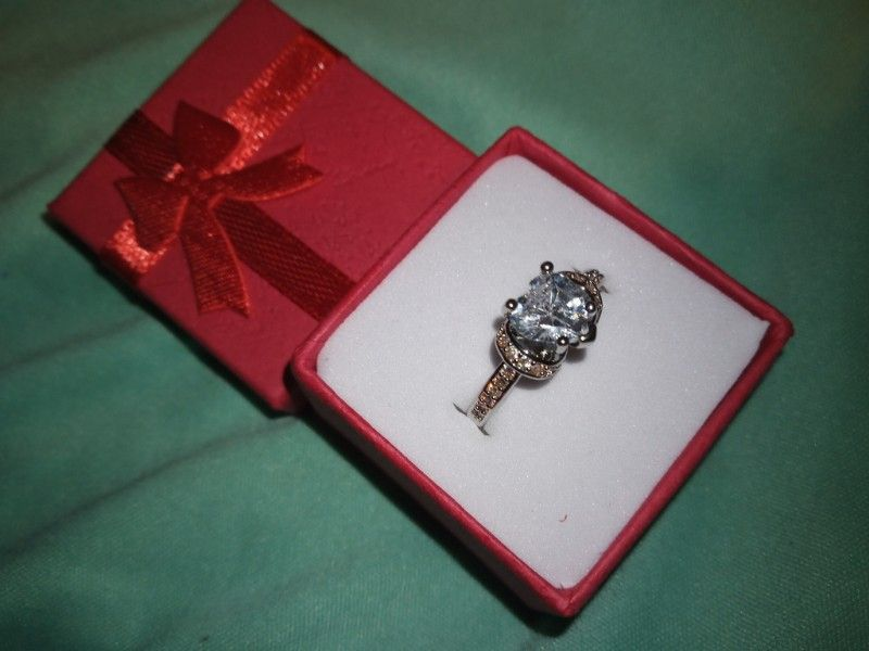 Highest Quality white Crystal Sapphire Princess Cut Heart Ring Sterling silver
