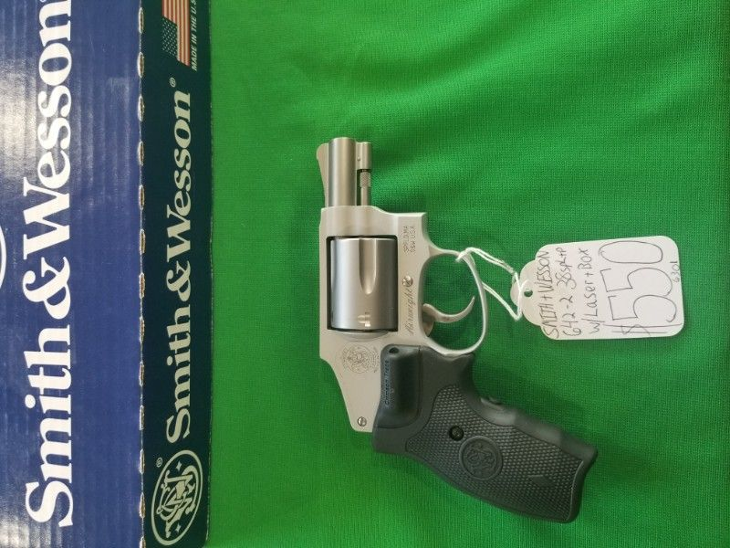 Smith & Wesson 642-2 Airweight 38spl w/laser