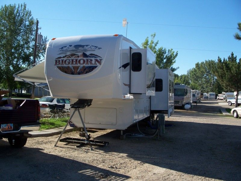 Heartland Big Horn 3055RL 5th Wheel