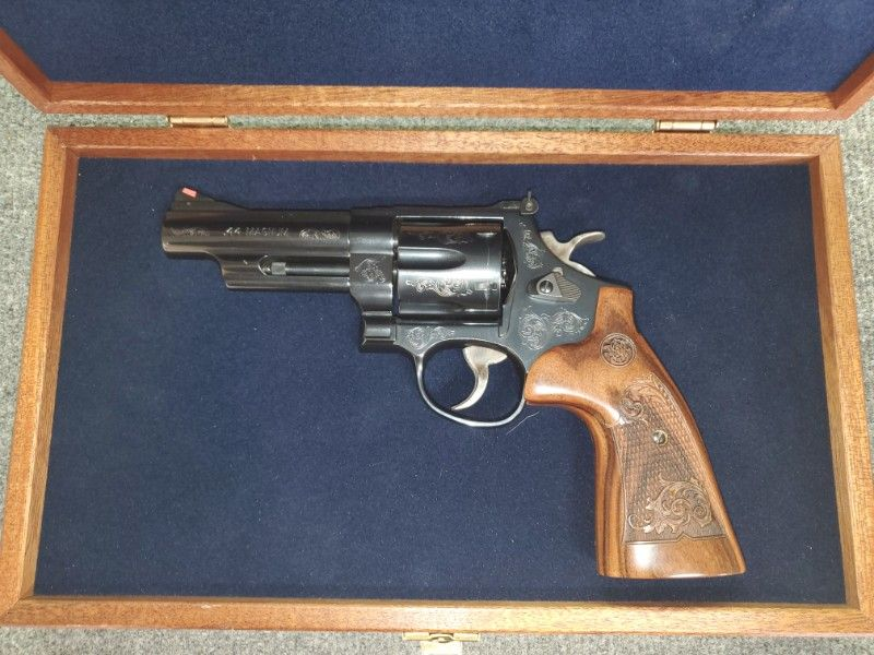 Smith &Wesson 29-10