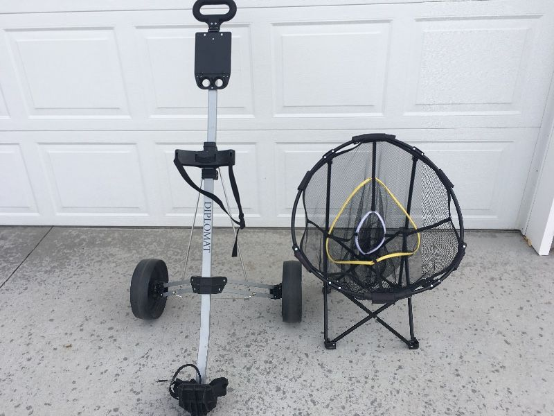 Golf pul cart and chipping net