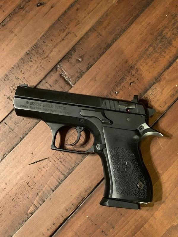 IMI Baby Eagle 9mm compact