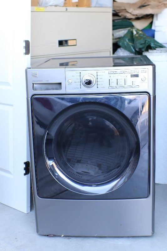 Kenmore Elite Clothes Dryer - Like New!