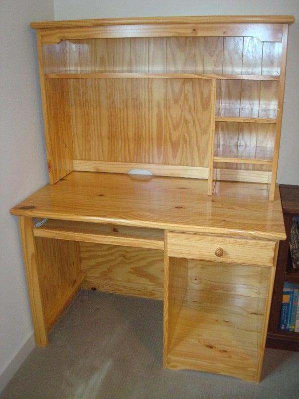 Pine/Hard wood Student Desk with Hutch