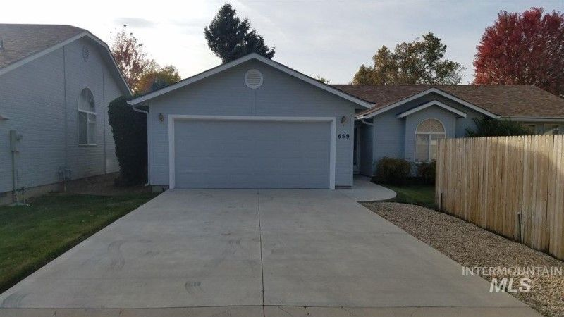 659 S Coral Pl, Boise, ID 83705